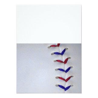 赤くおよび青の野球/ソフトボールのステッチ 14 X 19.1 インビテーションカード