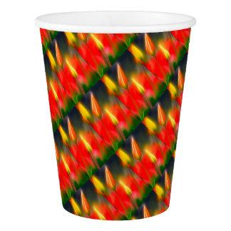 赤くおよび黄色のチューリップの白熱 紙コップ