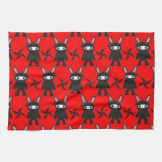 赤くおよび黒い忍者のバニーパターン キッチンタオル