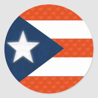赤くストライプのなハートのプエルトリコの旗 ラウンドシール