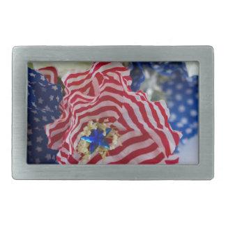 赤く白くおよび青の愛国心が強い米国旗の花束 長方形ベルトバックル