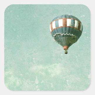 赤く白くおよび青の熱気の気球 スクエアシール