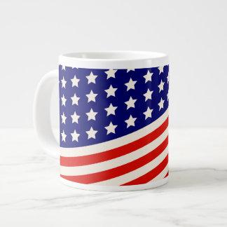 赤く白くおよび青の米国旗の星条旗 ジャンボコーヒーマグカップ