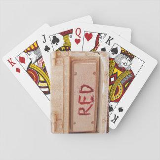 赤く素朴なユート族のテールゲートの尾軽い遊ぶカード トランプ