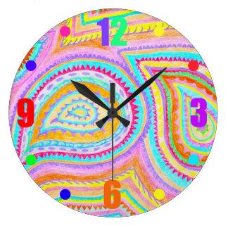 赤く黄色いピンクのカラフルなBohoのペイズリーパターン ラージ壁時計