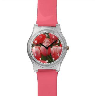 赤く、ピンクのチューリップ 腕時計