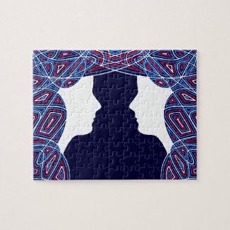 赤く、白人および青の女性 ジグゾーパズル