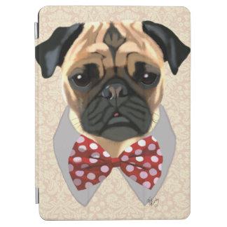 赤と白のむらがあるちょうネクタイが付いているパグ iPad AIR カバー