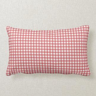 赤と白のギンガムの枕 ランバークッション