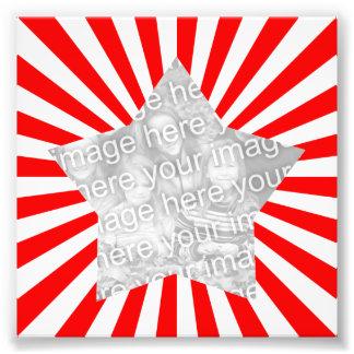 赤と白のスターバストフレームの写真 フォトプリント