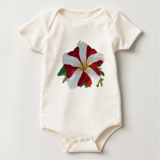 赤と白のペチュニアの子供 ベビーボディスーツ