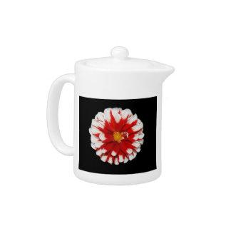 赤と白の花の茶ポット
