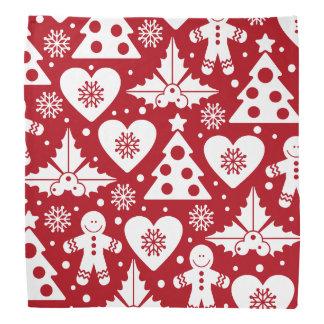 赤のクリスマスツリーそしてジンジャーブレッドマンパターン バンダナ