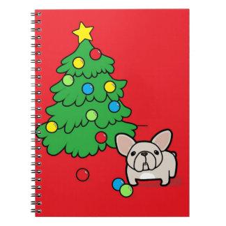 赤のクリスマスツリーとのクリーム色のFrenchie ノートブック