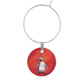 赤のサンタの帽子のペンギン ワインチャーム