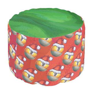 赤のサンタの帽子9の球パターン プーフ