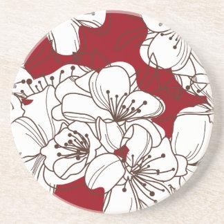 赤の手描きの白い野生花 コースター