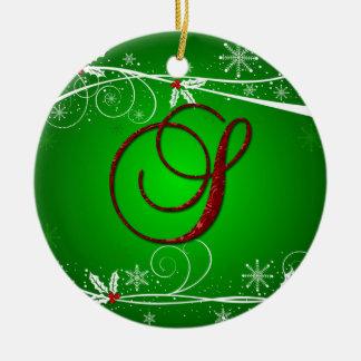 赤の緑のヒイラギのイニシャルSのクリスマスのオーナメント セラミックオーナメント