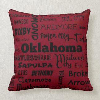 赤または黒のオクラホマ都市装飾用クッション クッション