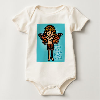 赤ん坊のための妖精の国のファッション ベビーボディスーツ
