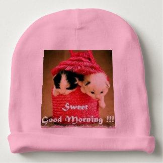 赤ん坊の帽子 ベビービーニー