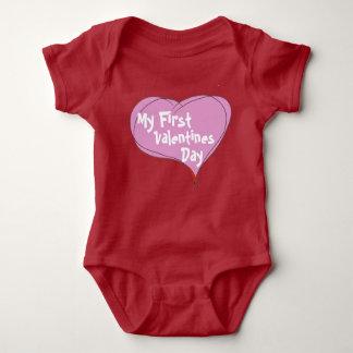 赤ん坊の最初バレンタインデー ベビーボディスーツ