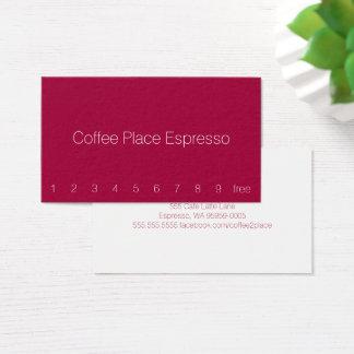 赤味がかったシンプルで暗いロイヤリティのコーヒーパンチカード 名刺