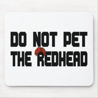 赤毛をかわいがらないで下さい(かつらと) マウスパッド