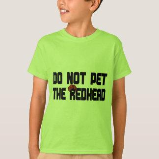 赤毛をかわいがらないで下さい(かつらと) Tシャツ