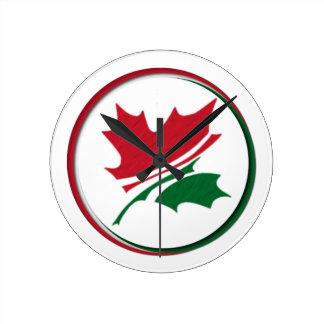 赤緑のカエデの葉(Kanada Világaのロゴ) ラウンド壁時計
