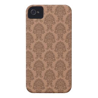 赤茶色のダマスク織パターン Case-Mate iPhone 4 ケース