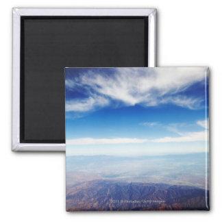 赤茶色山の空中写真 マグネット