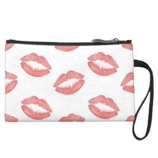 赤面のピンクの口紅のキス スエードクラッチ