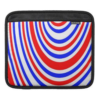 赤、白いおよび青の渦巻 iPadスリーブ