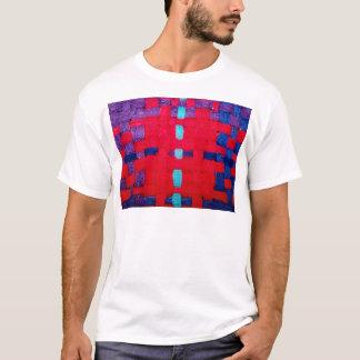 赤、紫色および青の織り方 Tシャツ