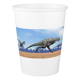 走っているAucasaurusの恐竜- 3Dは描写します 紙コップ