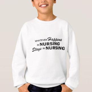 起こるものは何でも-看護 スウェットシャツ