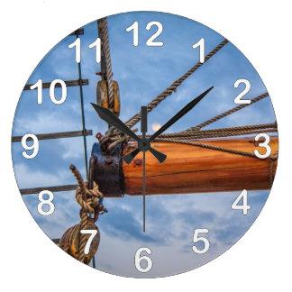 起重機およびジブの航行ボート ラージ壁時計