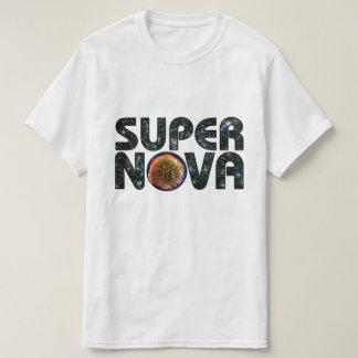 超新星の写真の背景の文字 Tシャツ