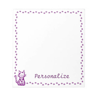 足のボーダーを持つ紫色猫 ノートパッド