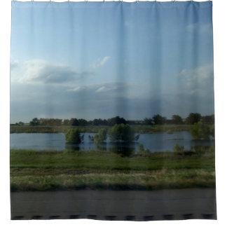 路傍の池 シャワーカーテン