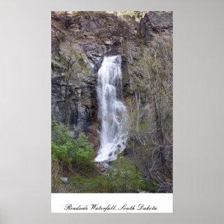 路傍の滝、サウスダコタ ポスター