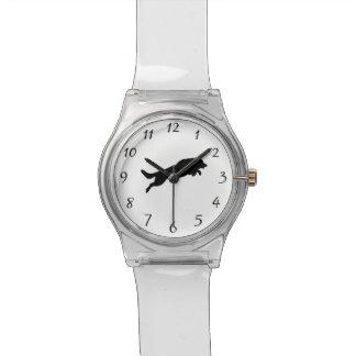 跳躍のジャーマン・シェパードのシルエット愛犬 腕時計