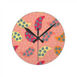 踊りのBohoのペイズリー ラウンド壁時計