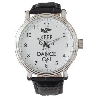 踊りはカスタマイズ可能に保ち、平静を踊ります蹄鉄を打ちます 腕時計