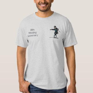 踊る新郎-第25記念日 刺繍入りTシャツ