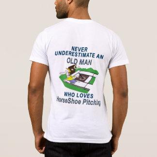 蹄鉄のピッチングのアメリカの服装のポケットT Tシャツ