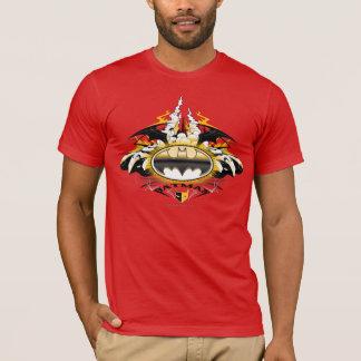 車とのバットマンのロゴ Tシャツ