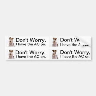 車の空気調節は犬かペットのためについています バンパーステッカー