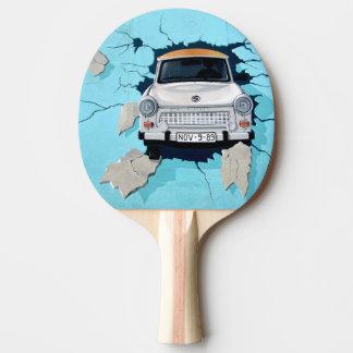車は壁を交差させます 卓球ラケット
